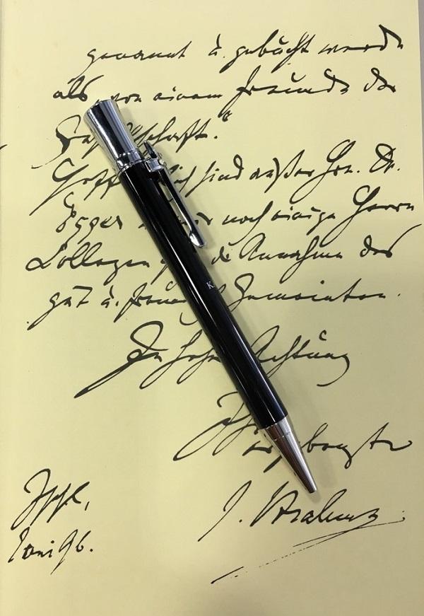 東京下町で製造する高質感な真鍮製筆記具【ペン工房キリタ】のボールペン・ケーファー