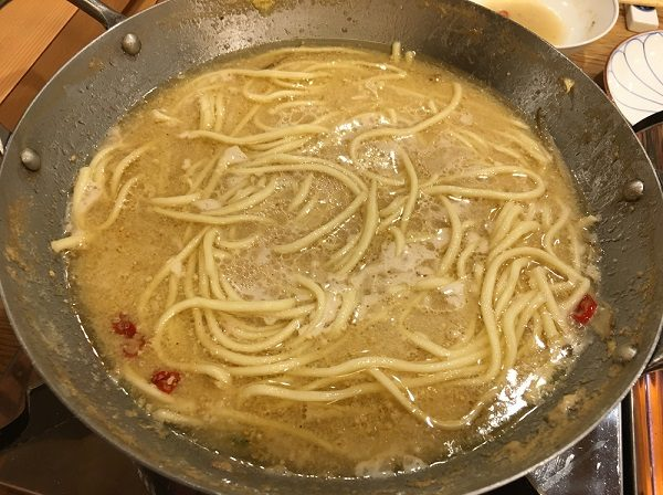もつ鍋コースの〆のちゃんぽん麺