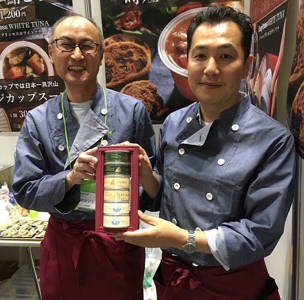 モンマルシェ株式会社の社長・加納彰洋氏と社員のK氏