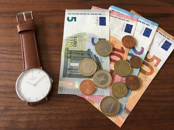 Nordgreen(ノードグリーン)の腕時計とユーロ