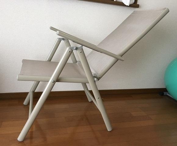 家庭用マッサージ機『モミマー』の椅子