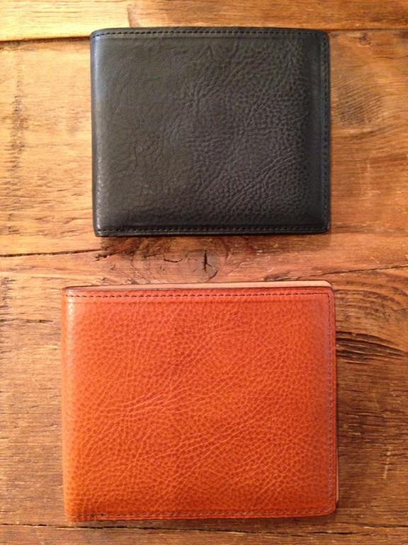 アヤメアンティーコ(AYAME ANTICO)の財布『ポルタフォーリオ ピエゲーヴォレ』