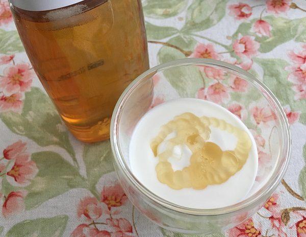 蜂蜜とヨーグルト