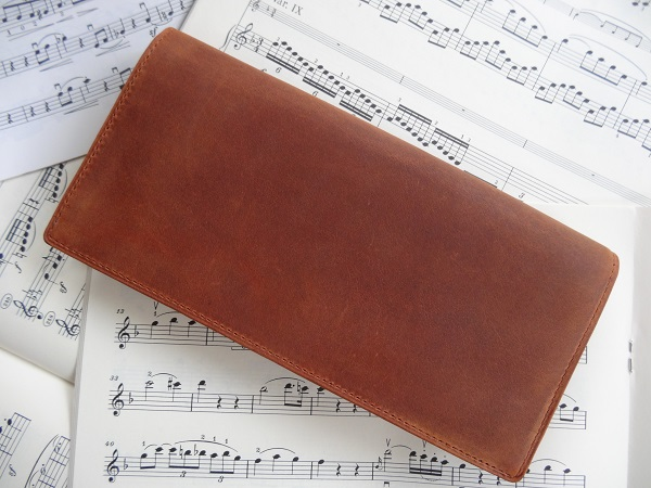 ココマイスターのナポレオンカーフを使用した長財布
