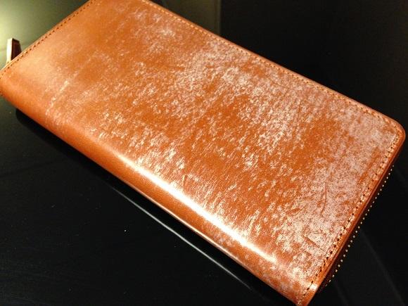 ココマイスターのブライドルレザーを使用した長財布