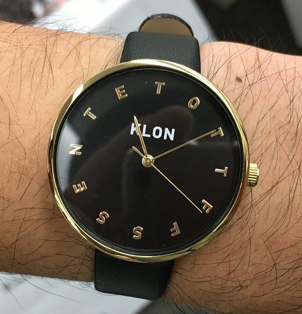 KLON(クローン)の社員T氏の腕時計