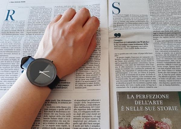 VEJRHØJの腕時計(The GUN)