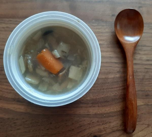 青森産「奥入瀬ごぼう」とキノコと国産野菜のぽかぽか和風生姜スープ