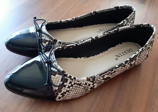 恋人や奥さんと一緒に選んで贈れるDESTIN(デスティン)の靴