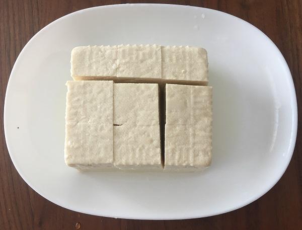もつ鍋に入れる豆腐